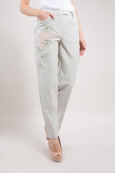 Льняные брюки с вышивкой