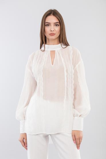 Блуза с кружевом с бантом