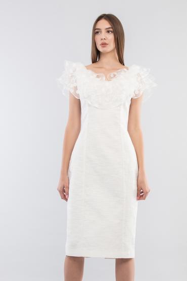 Платье футляр с рюшами