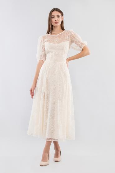 Платье с вышитым цветочным узором